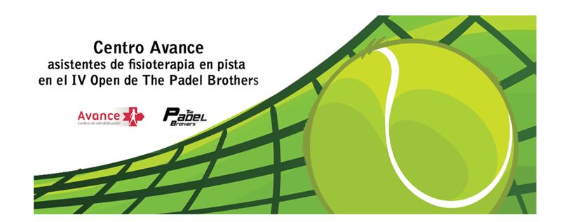 Asistentes de fisioterapia en pista en el 'IV Open The Padel Brothers'